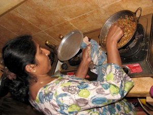 Niranjala Thilakerathne rada posreduje svoje bogato znanje.