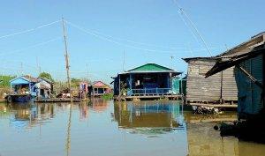 Żivljenje v ribišíki vasici marsikdaj pomeni tudi żivljenje na delovnem mestu.