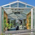 Domovi na sončno energijo, ki prikazujejo prihodnost arhitekture