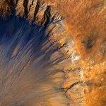 NASA je objavila več kot 2 000 novih osupljivih fotografij Marsa