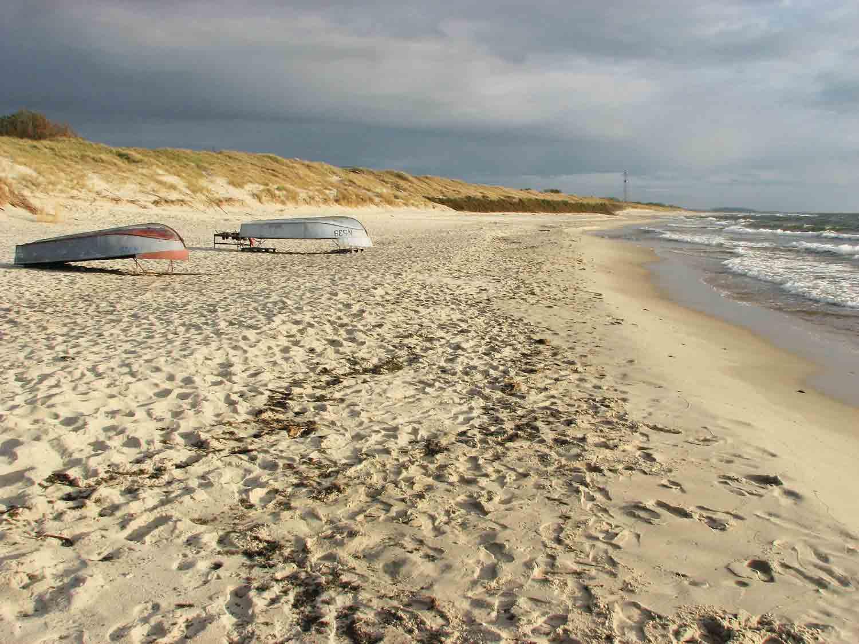 Peščene obale so največja atrakcija Kurskega polotoka.