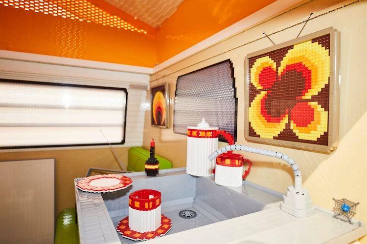 LEGO-volkswagen-camper-4