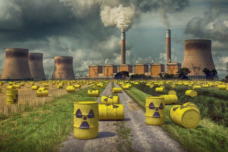 Jedrska energija v svetu: Nekatere države gradijo nove, druge odločno proti