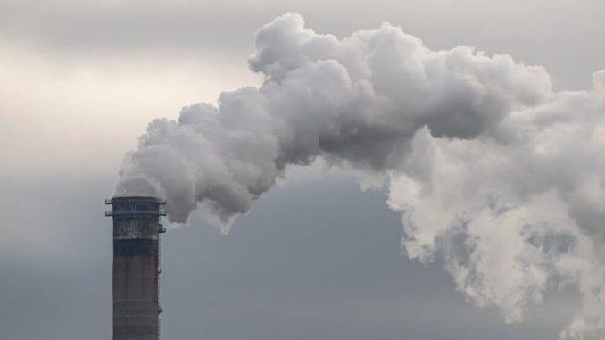 Covid-19: Zaradi onesnaženosti zraka večja ogroženost