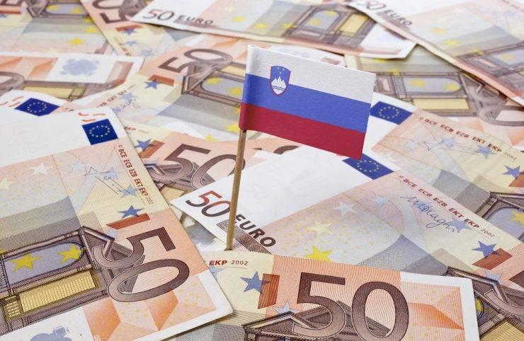 Slovenija uspešno izdala 10-letno obveznico