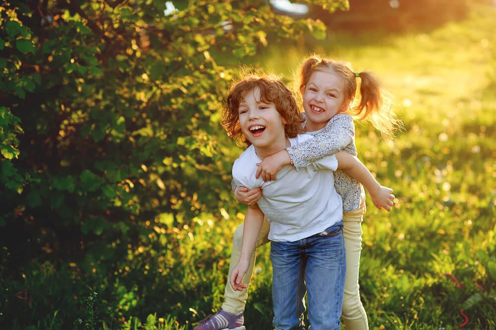 Otroci, ki živijo v stiku z naravo, bolj zdravi - tudi kot odrasli