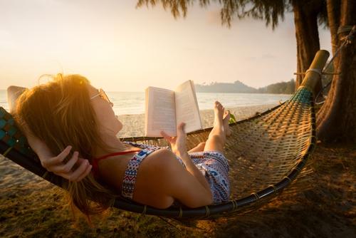 Boste dopust preživeli s knjigo v roki?
