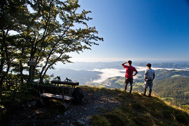 Občina Gorenja vas – Poljane pristopila k politiki zelenega turizma