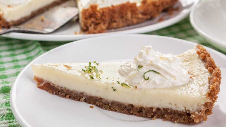 Kokosovo-limetina pita brez peke
