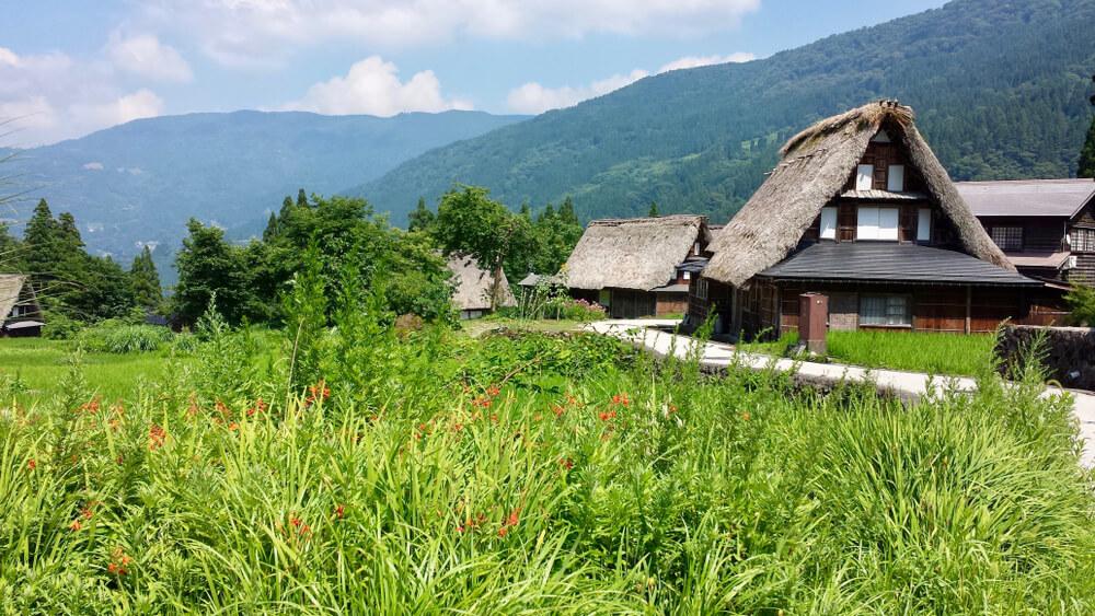 Imamo samooskrbne vasice tudi že v Sloveniji?