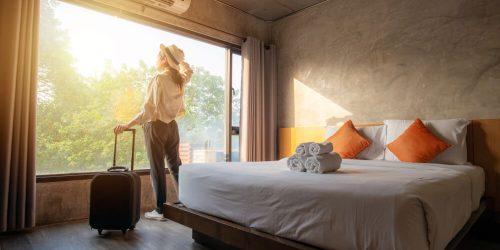 V maju več kot 60 odstotkov turističnih prenočitev ustvarili domači turisti