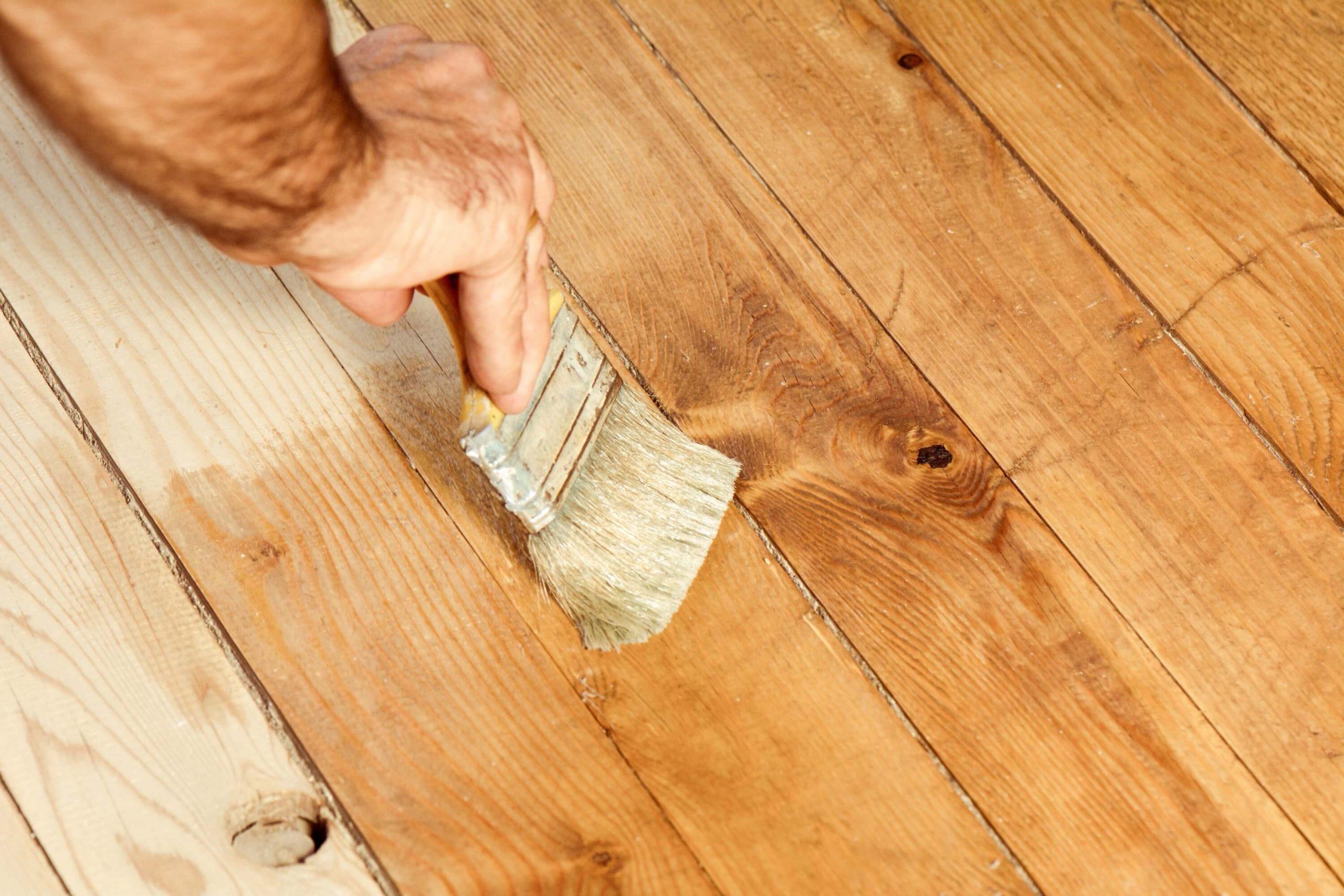 Les se zaščiti predvsem s postopki njegove obdelave