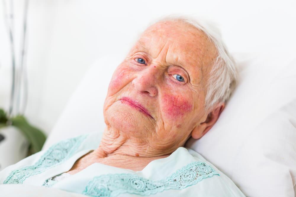 Dolgotrajna oskrba - kdaj bomo zares dočakali spremembe?