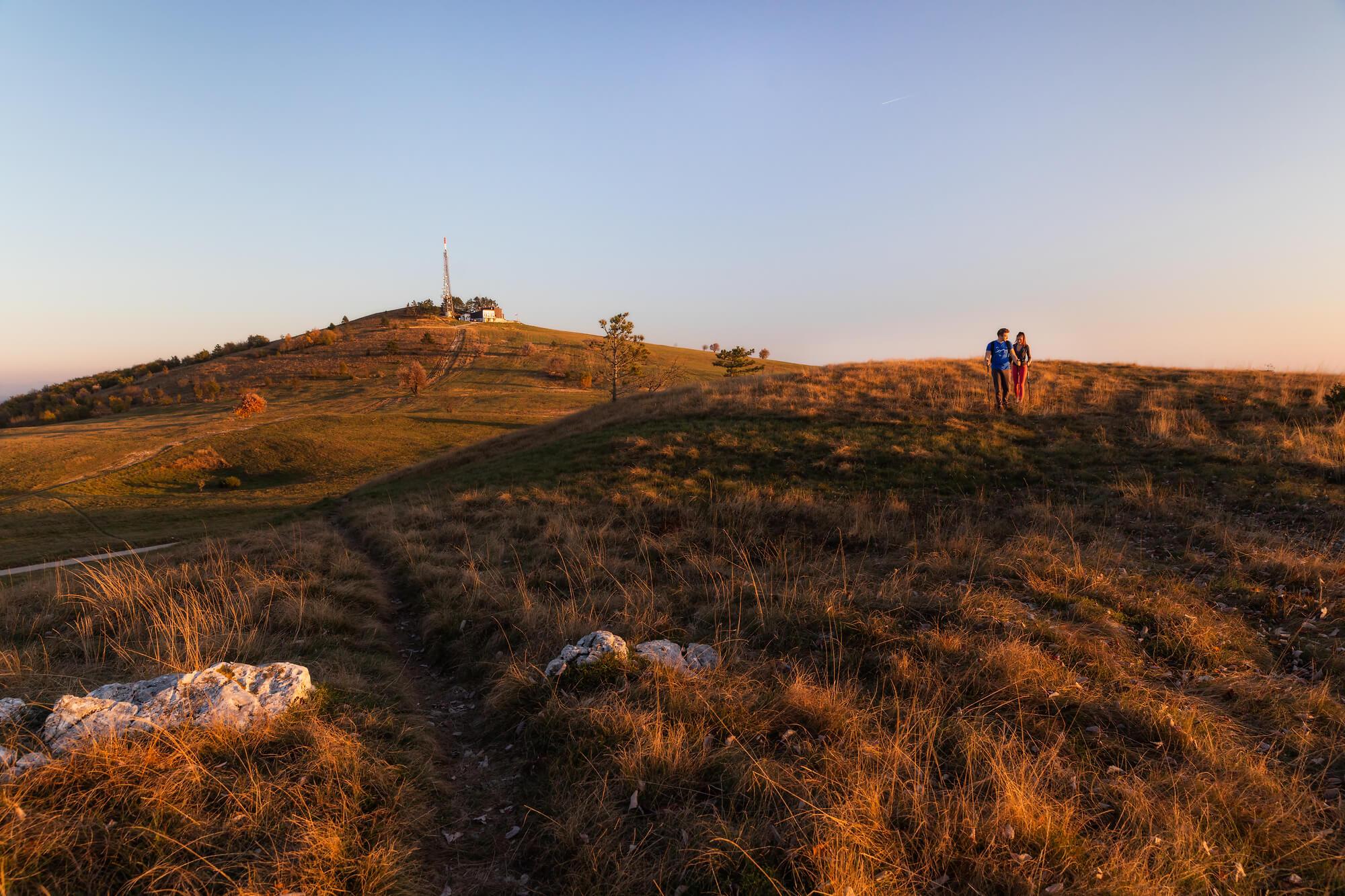 Jesenski pohod na Slavnik, tisočak, ki je tudi naravni spomenik