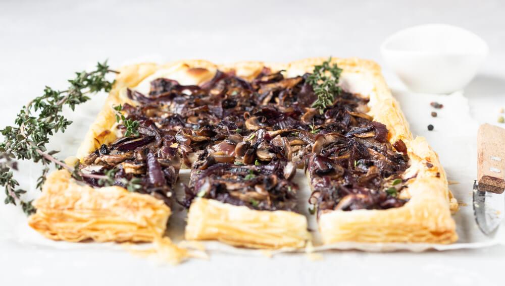 Jesenski recept: preprosta gobova pita