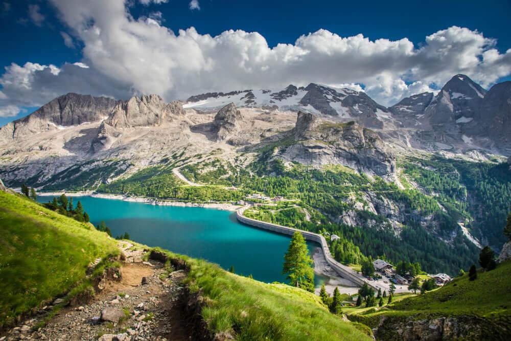 Znameniti italijanski ledenik Marmolada bi lahko že v 15 letih izginil