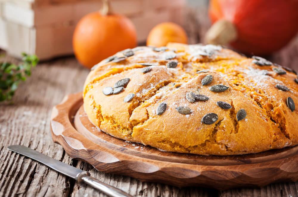 Okusen bučni kruh, kot nalašč za jesen