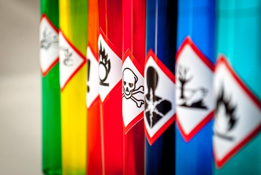 Kemikalije so vse okrog nas, kaj pa zdaj?