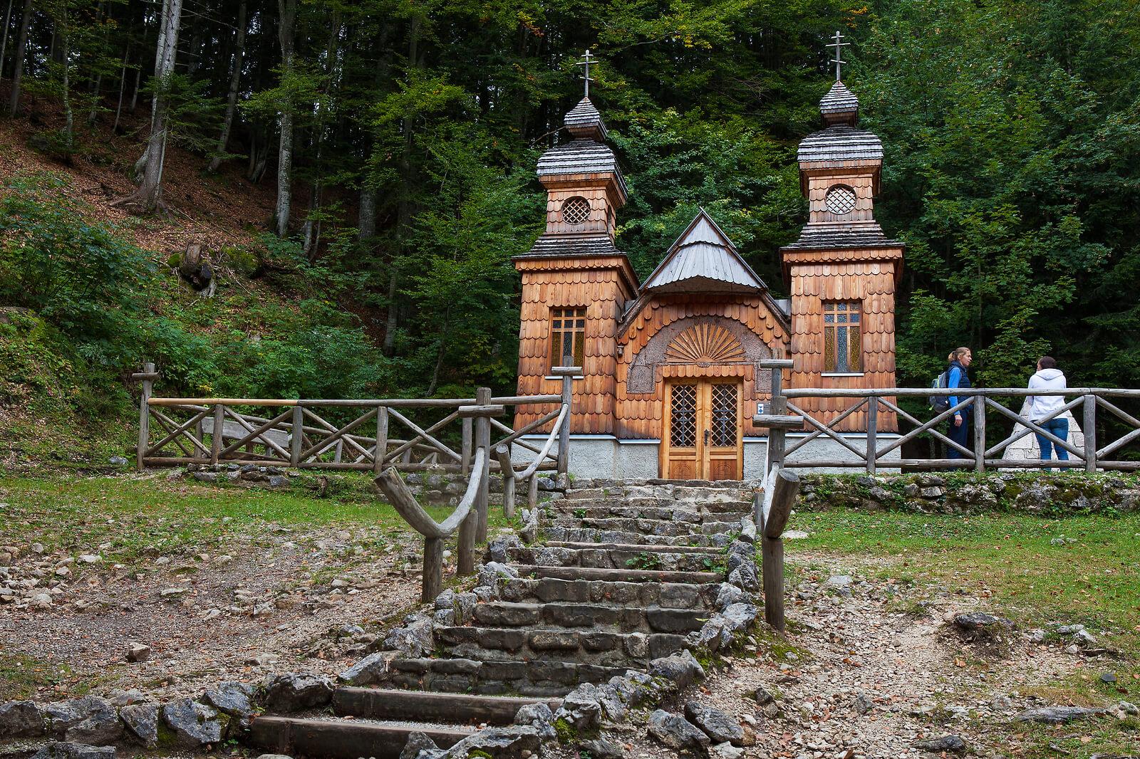 Novo: Doživi zgodbo Ruske kapelice
