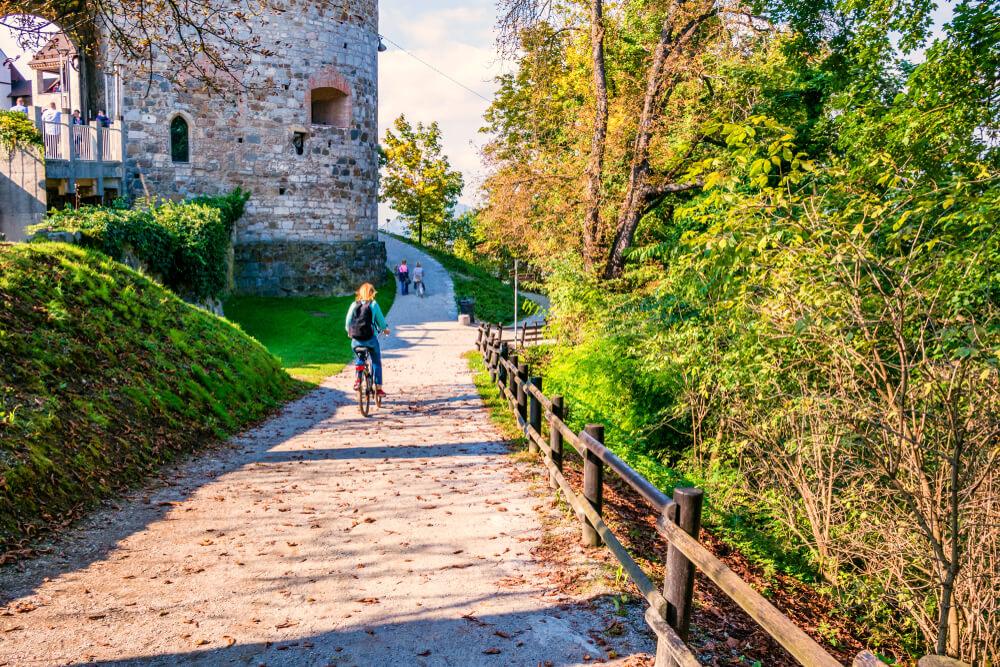 8 slovenskih destinacij med 100 najbolj trajnostnimi na svetu