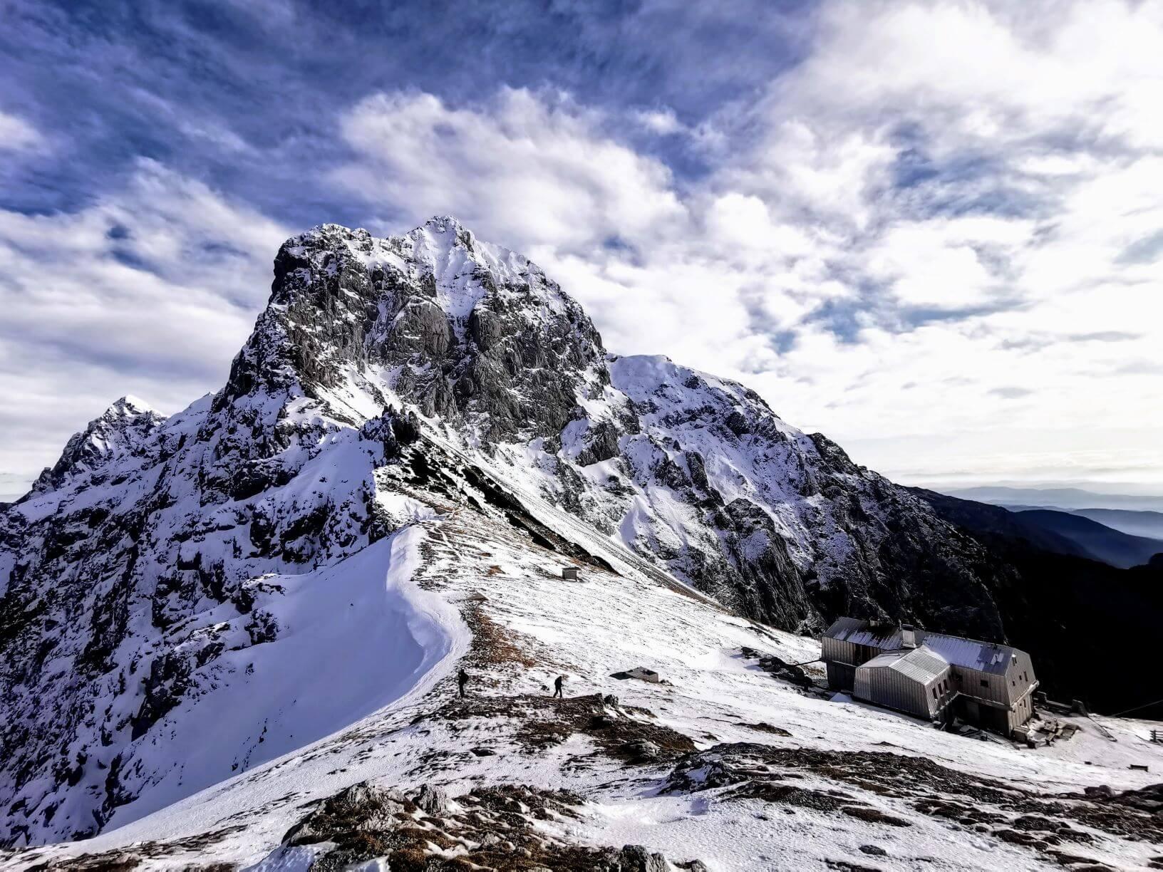Za varno jesensko pohajkovanje po hribih in gorah