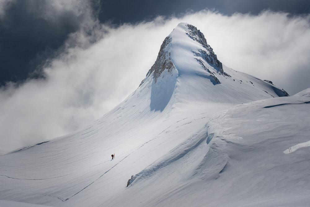 Zimska idila v gorah ima tudi svojo hladno stran