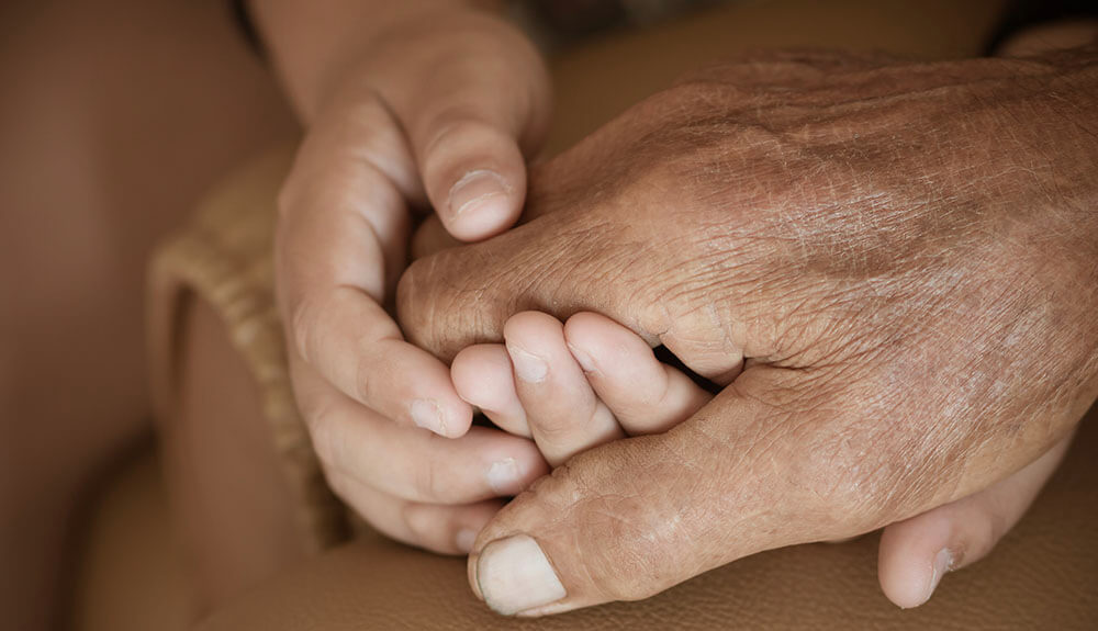 »Imamo botrstvo za otroke, danes bi ga potrebovali tudi za starejše«
