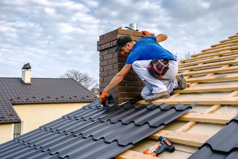 Je gradnjo strehe res treba prepustiti strokovnjakom?