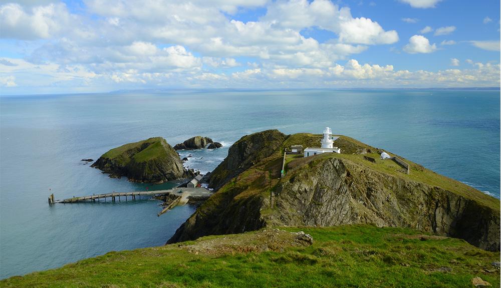 Kako lahko ta mali angleški otok postane vaš dom v letu 2021?