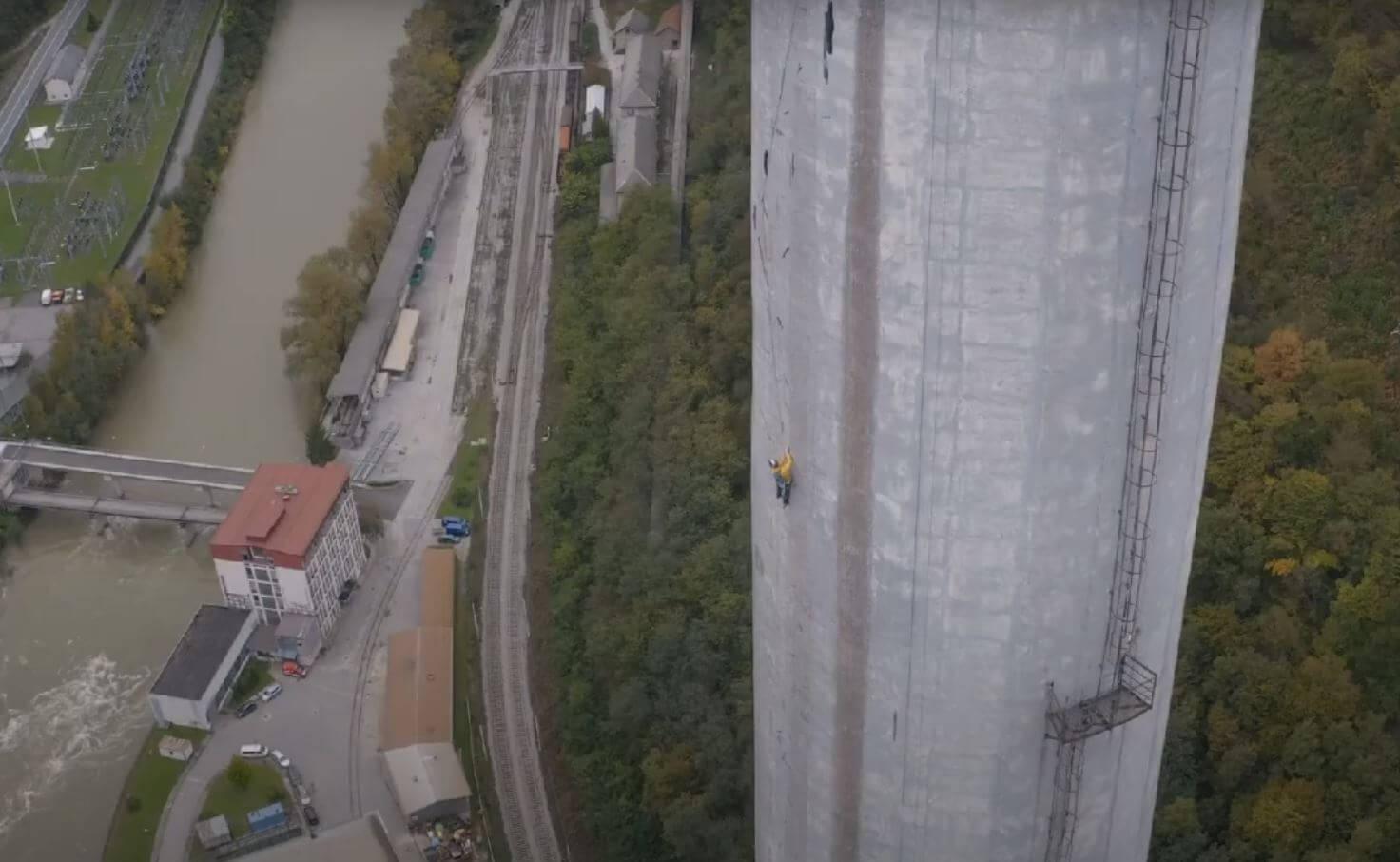 Trboveljski dimnik - najdaljša umetna plezalna smer na svetu