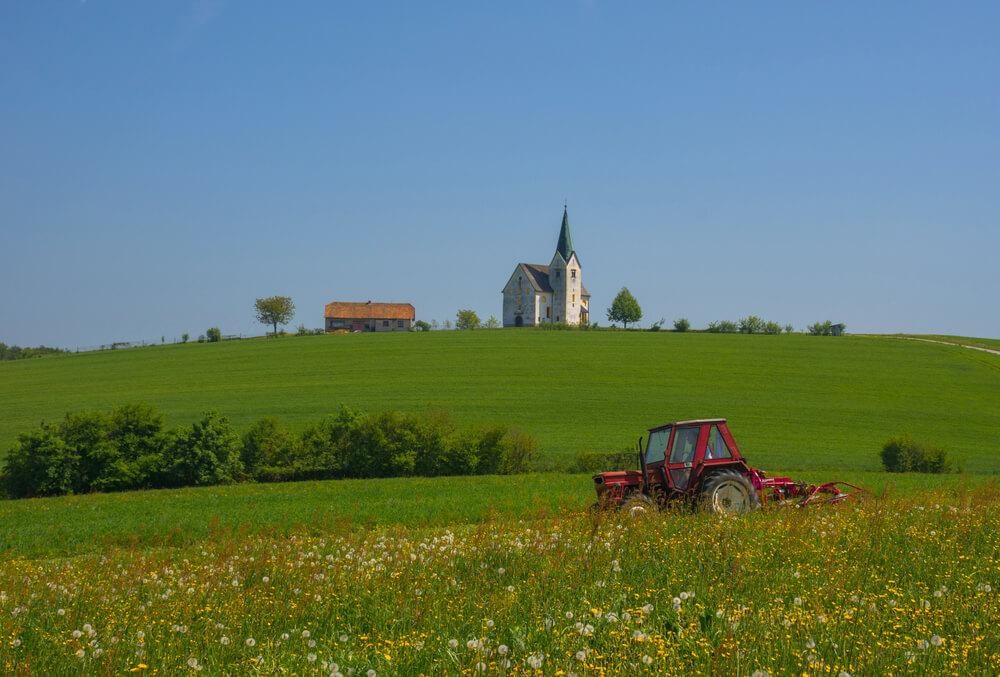Občine z večjim deležem kmetijskih zemljišč so v izraziti prednosti