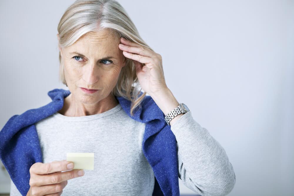 Demenca: Vedno več je oseb, ki zbolijo pred 60. letom