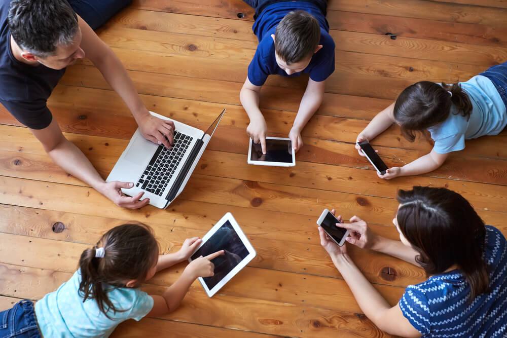 Prihajajo Svetovni dnevi brez pametnega telefona!