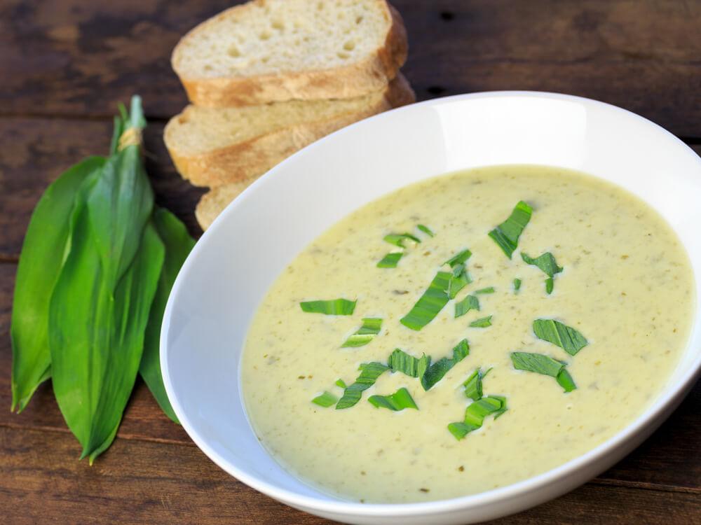 Kremna juha iz čemaža