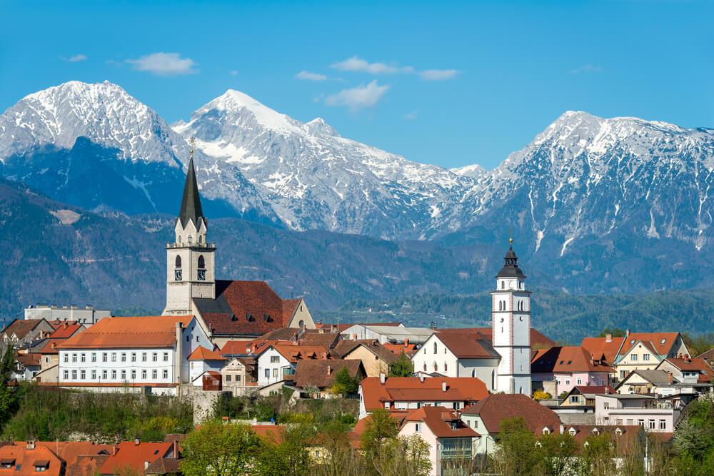 Kranj in Gorenja vas-Poljane z zlatim znakom Slovenia Green Destination