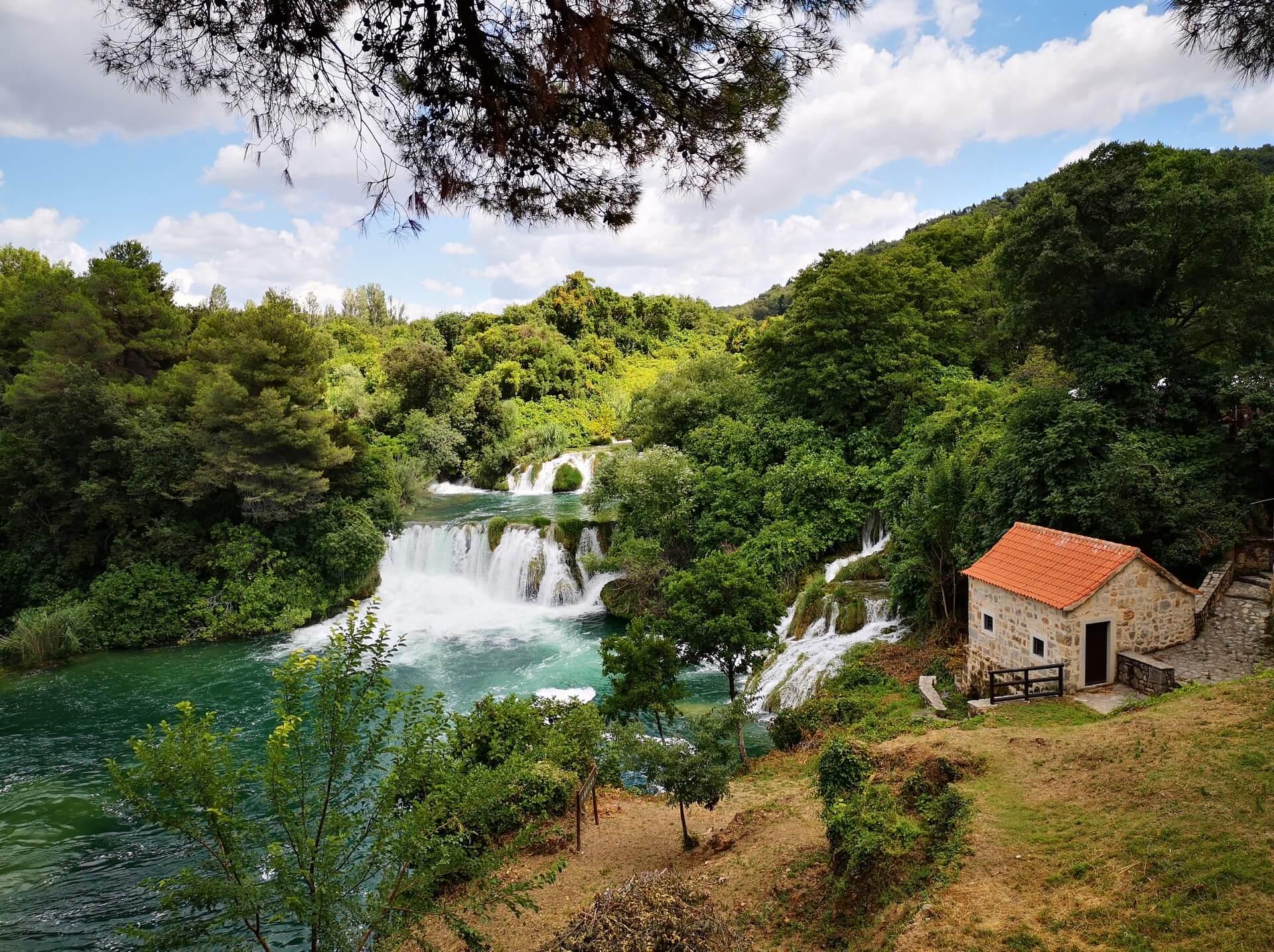 Nacionalni park Krka na Hrvaškem vabi na delo na daljavo