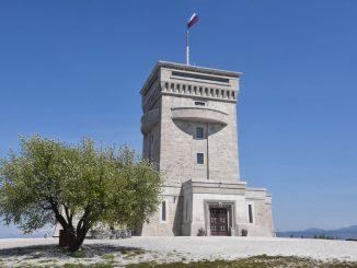 Pomnik miru na Cerju prejel znak Zelena atrakcija
