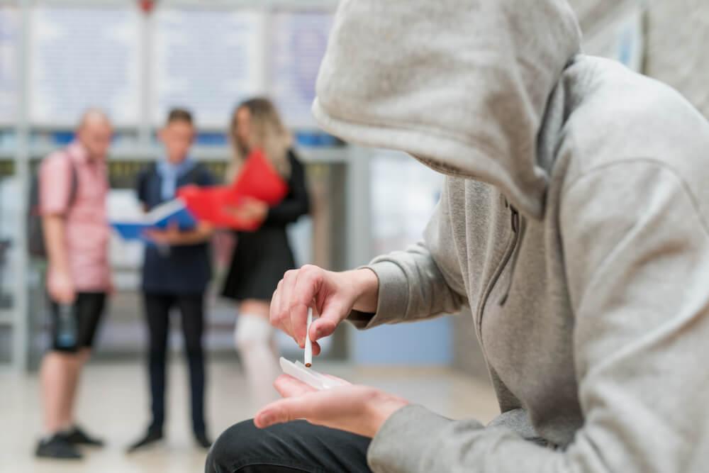 Analiza odpadnih vod v šolah: nikotin, alkohol in THC prisotni povsod