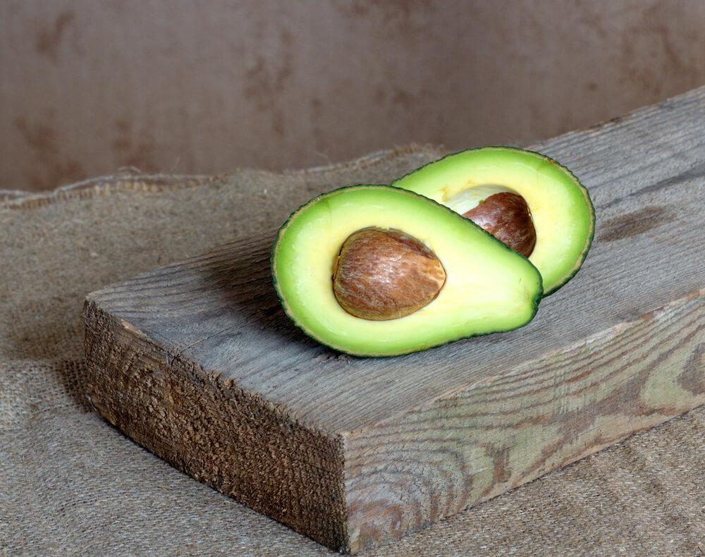 Avokado ni tako zelen, kot se zdi na prvi pogled