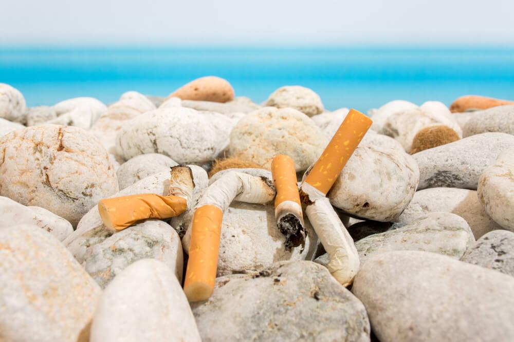 Slovenska obala: V dveh urah pobrali 17.222 cigaretnih ogorkov