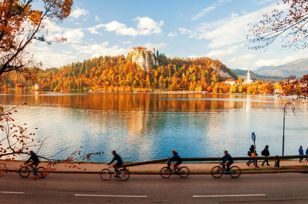 Med Bledom in Bohinjem bo končno tudi kolesarska povezava